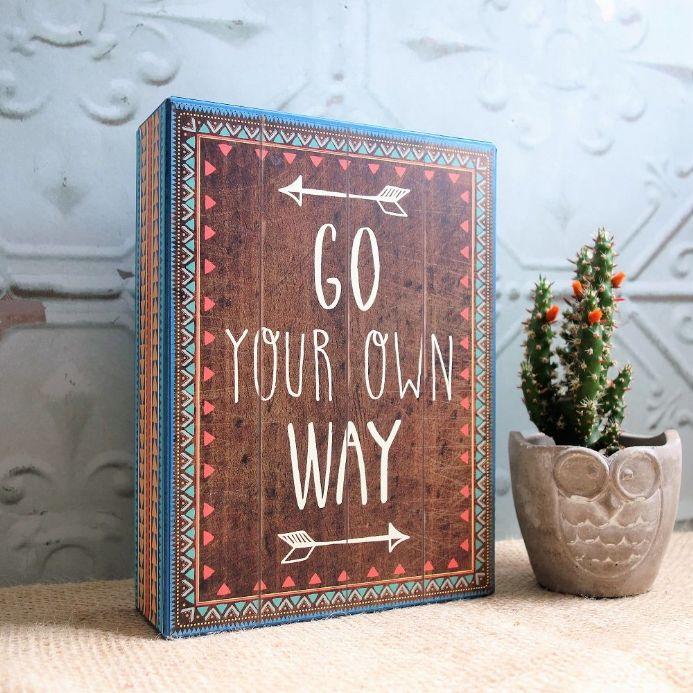 under £5  'GO YOUR OWN WAY' box frame sign
